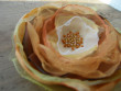 Velká romantická brož pomerančový květ