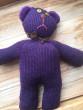 Pletený medvěd fialový