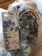 Šátek ecoprint šedo hnědý