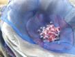 Brož šedo modrá květinka