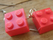 Veselé náušnice - červené kostičky