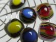 Náušnice pruhované pecky se žlutým středem