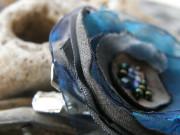 Malý kvítek tmavě modrý