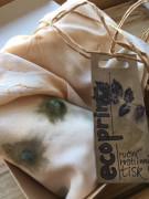 Šátek ecoprint béžová