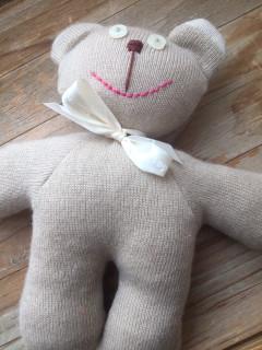 Pletený medvěd béžový