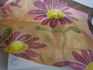 Hedvábný šátek kopretiny