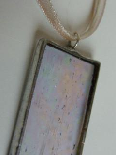Náhrdelník tiffany průhledný, perleťový